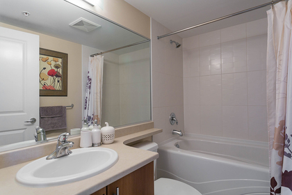1j6a0100 at #1805 - 2225 Holdom Avenue, Central BN, Burnaby North