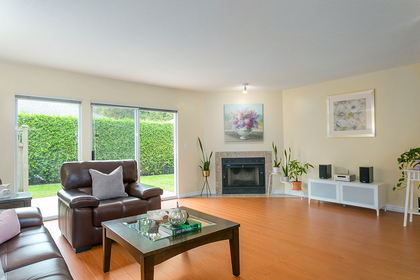 1j6a6193 at 1623 Augusta Avenue, Simon Fraser Univer., Burnaby North