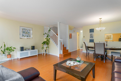 1j6a6206 at 1623 Augusta Avenue, Simon Fraser Univer., Burnaby North