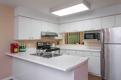 1j6a6218 at 1623 Augusta Avenue, Simon Fraser Univer., Burnaby North