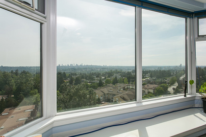 bay-window-seat at #1703 - 7321 Halifax Street, Simon Fraser Univer., Burnaby North