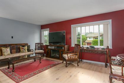 living-room at 1257 Nestor Street,
