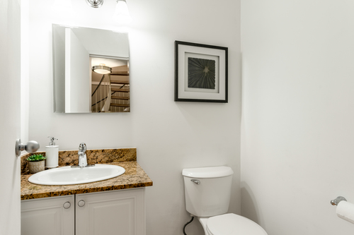 07 at 207 - 225 Sixth Street, Queens Park, New Westminster