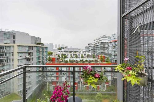 262297905-13 at #902 - 63 W 2nd Avenue, False Creek, Vancouver West