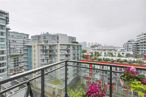262297905-14 at #902 - 63 W 2nd Avenue, False Creek, Vancouver West