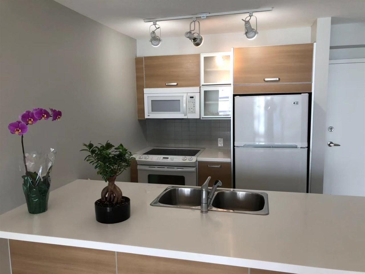 13688-100-avenue-whalley-north-surrey-02 at 809 - 13688 100 Avenue, Whalley, North Surrey