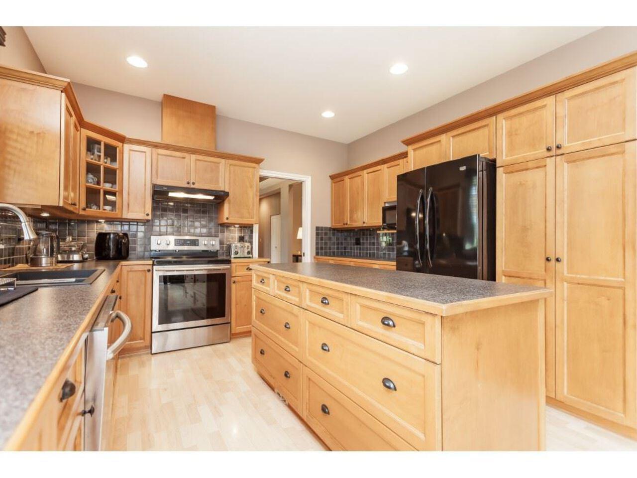 21058-85a-avenue-walnut-grove-langley-18 at 21058 85a Avenue, Walnut Grove, Langley