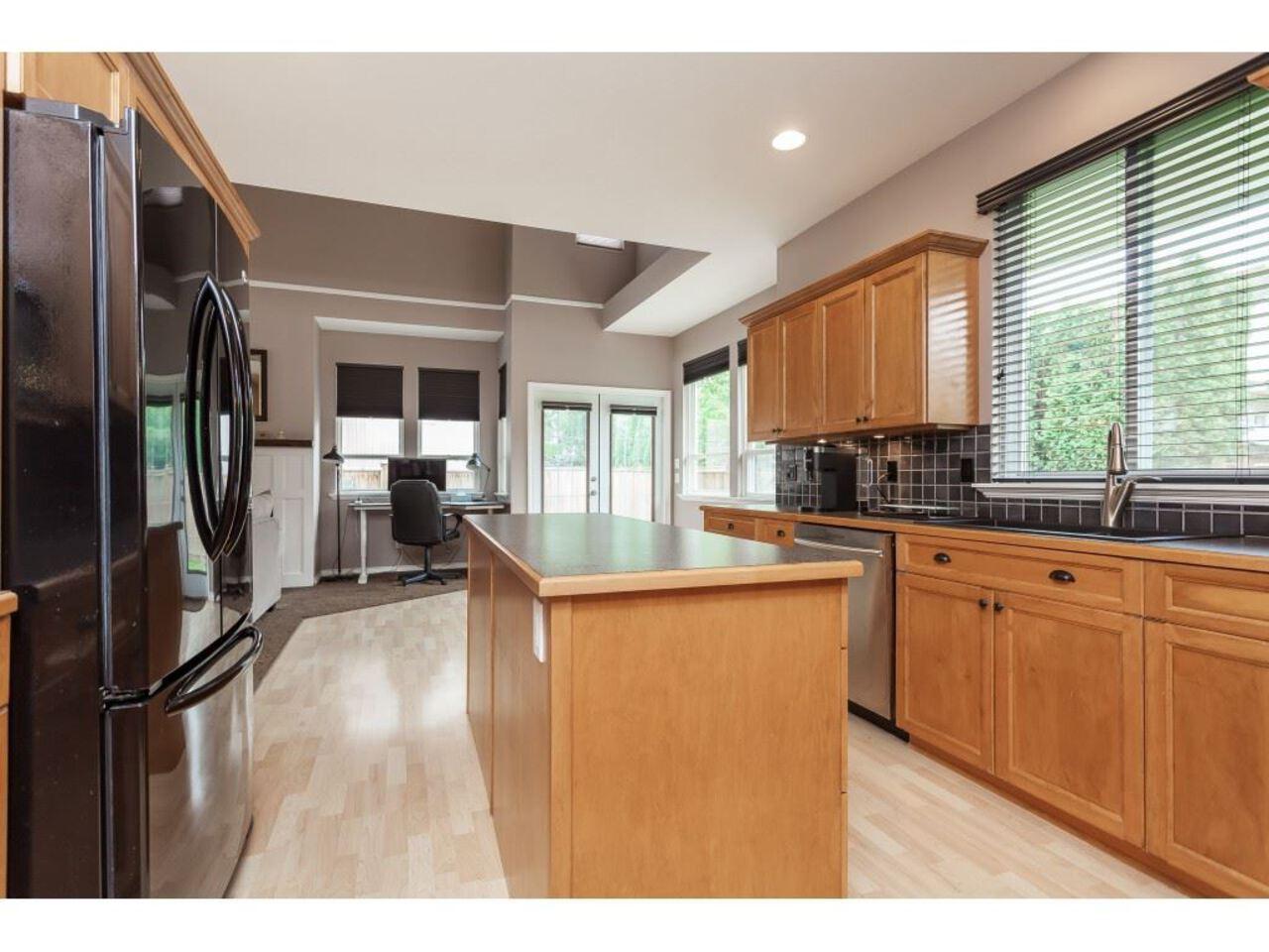 21058-85a-avenue-walnut-grove-langley-20 at 21058 85a Avenue, Walnut Grove, Langley