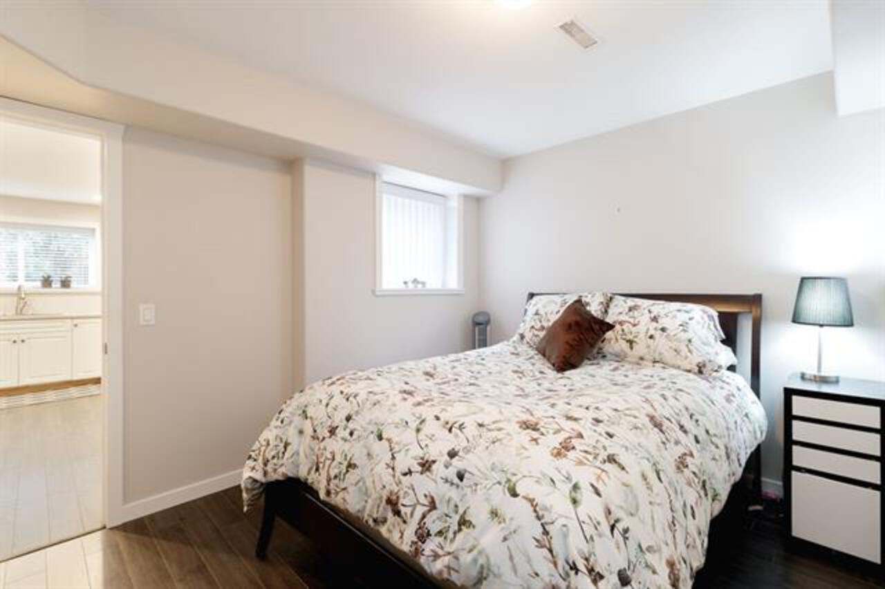 262535105-24 at 35 Flavelle, Barber Street, Port Moody