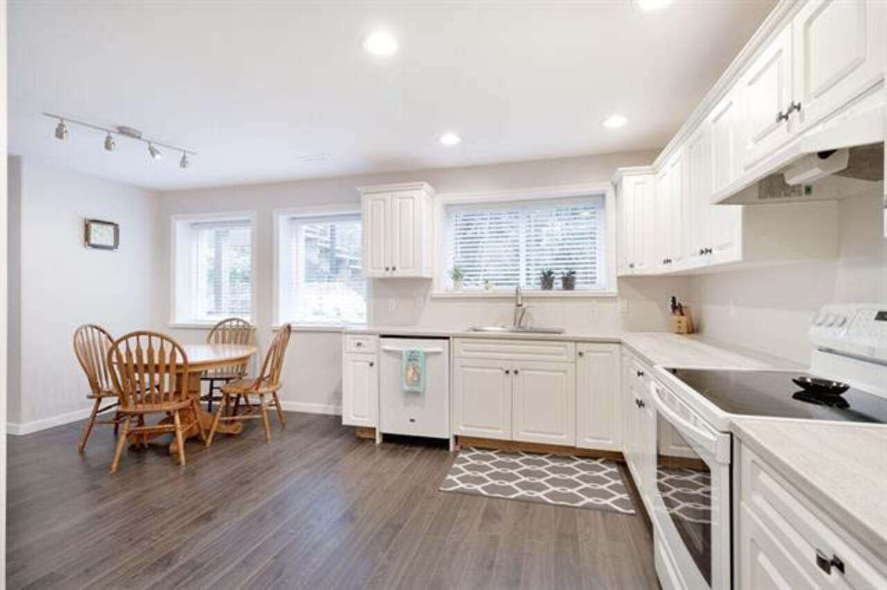 262535105-25 at 35 Flavelle, Barber Street, Port Moody