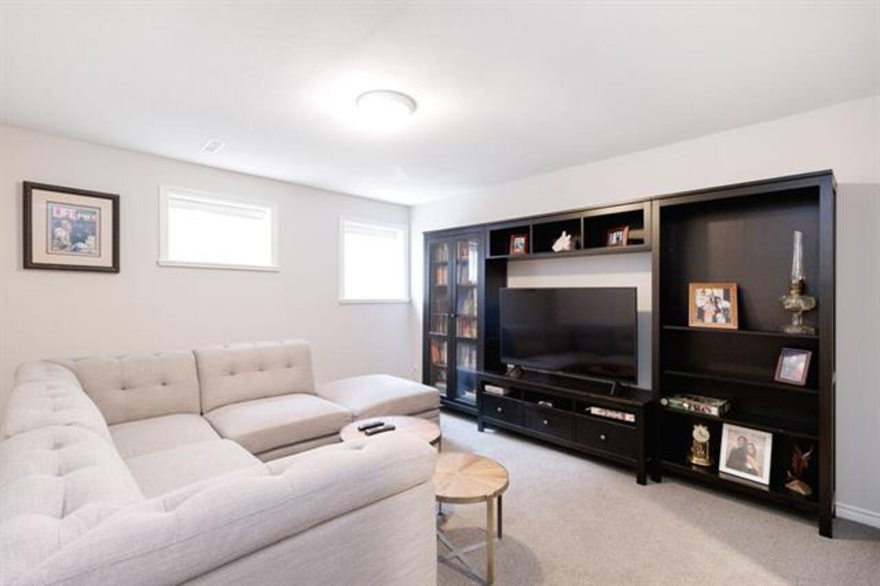 262535105-28 at 35 Flavelle, Barber Street, Port Moody
