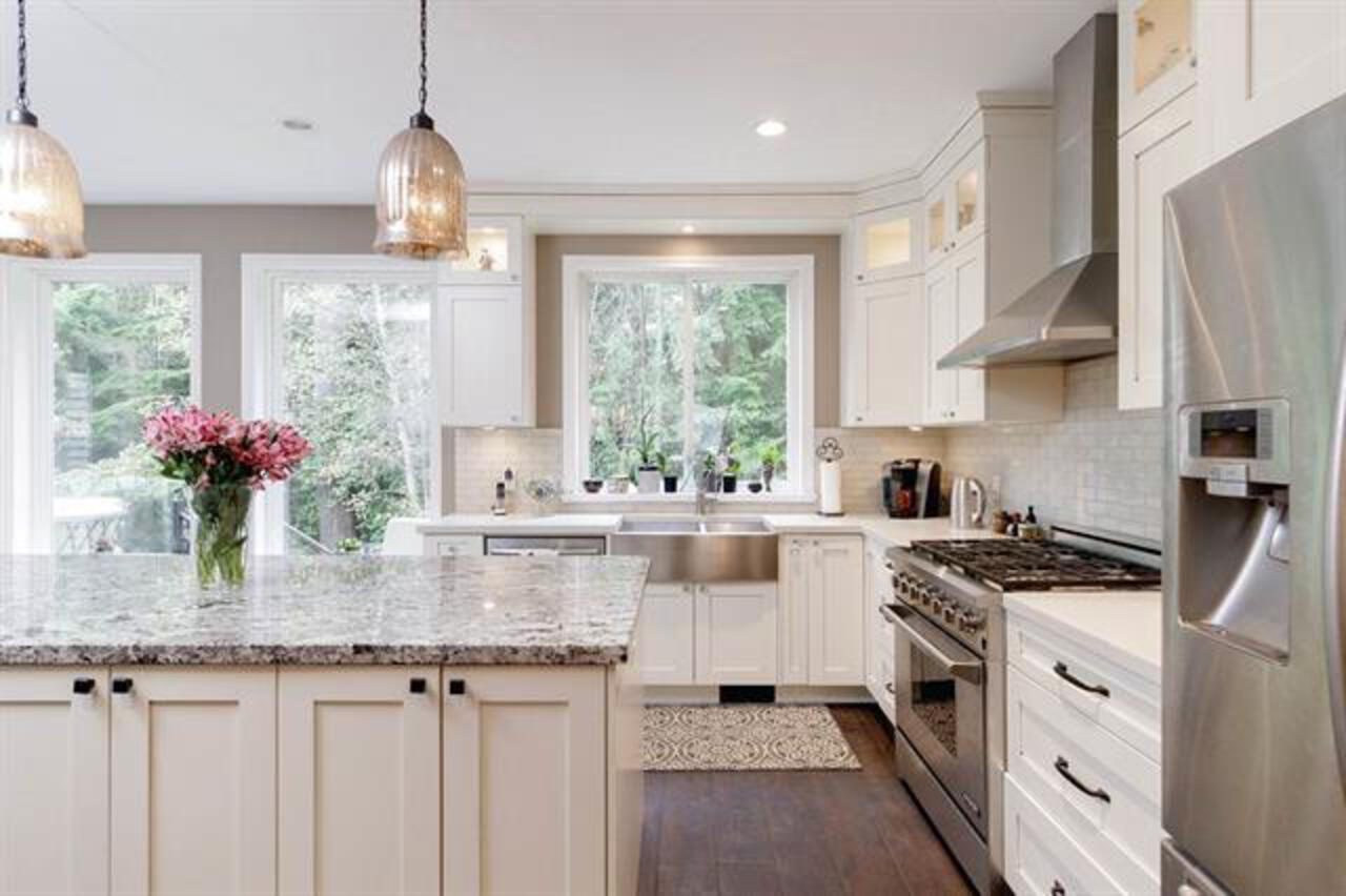 262535105-6 at 35 Flavelle, Barber Street, Port Moody