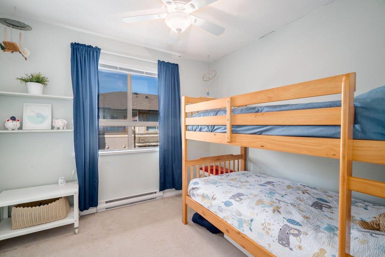 301-klahanie-drive-port-moody-centre-port-moody-15 at 15 - 301 Klahanie Drive, Port Moody Centre, Port Moody