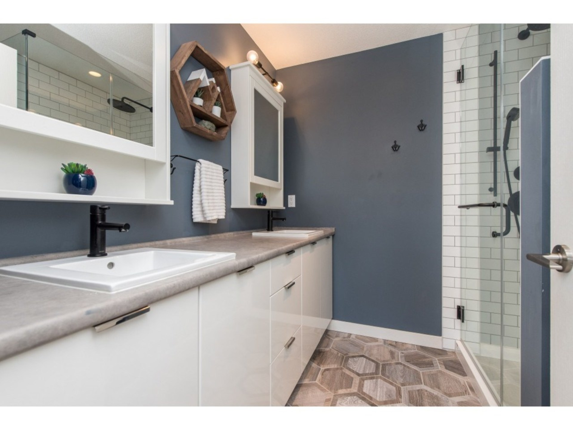Stunning ensuite with beautiful heated tile flooring and new shower at 94 - 30989 Westridge Place, Abbotsford West, Abbotsford