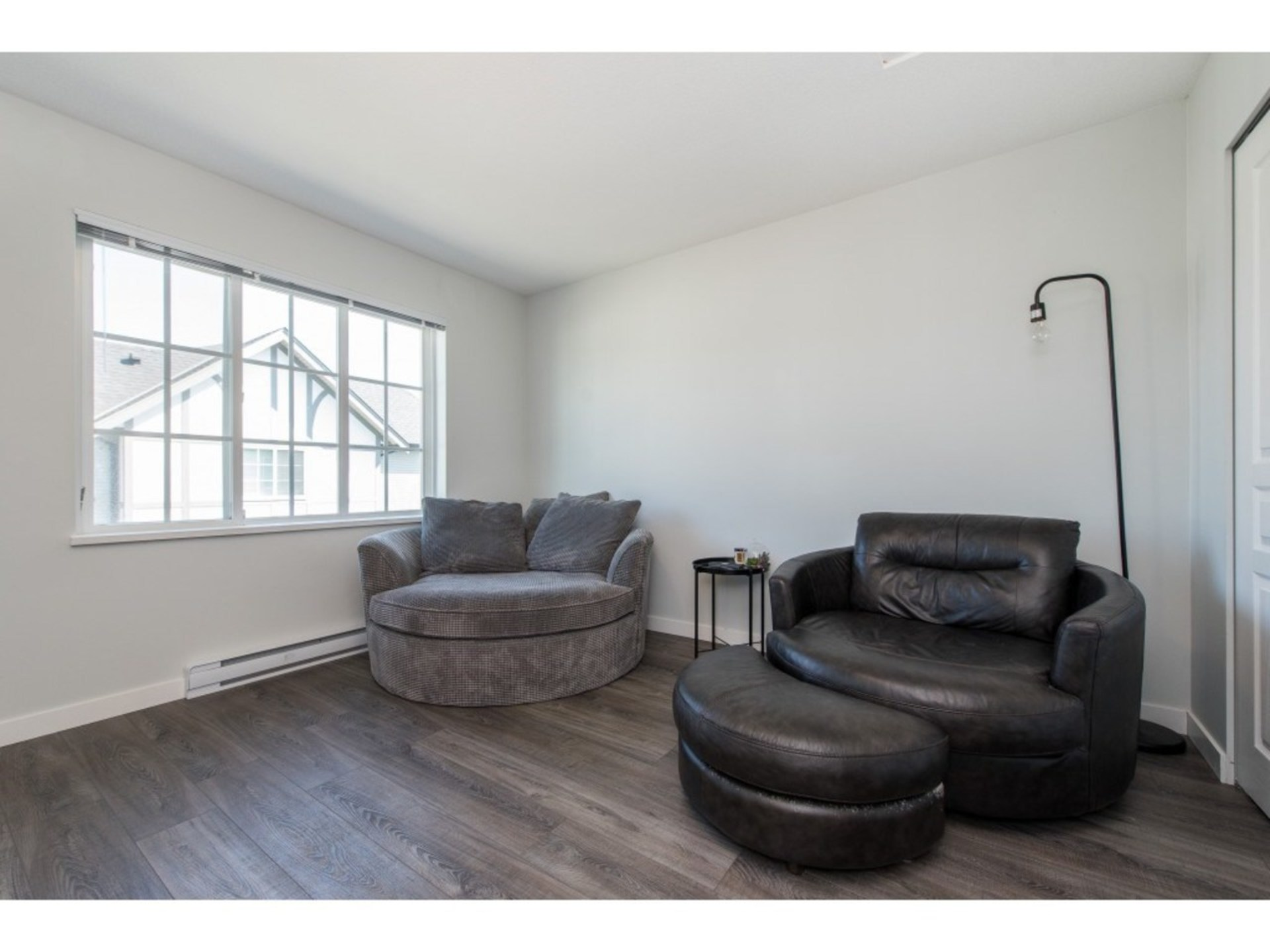 Very spacious second bedroom. 14'3 X 11'9 at 94 - 30989 Westridge Place, Abbotsford West, Abbotsford
