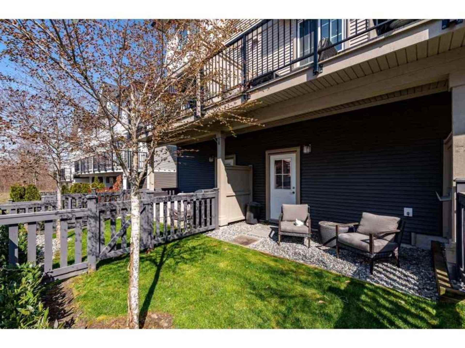 Fenced yard and patio area. at 94 - 30989 Westridge Place, Abbotsford West, Abbotsford