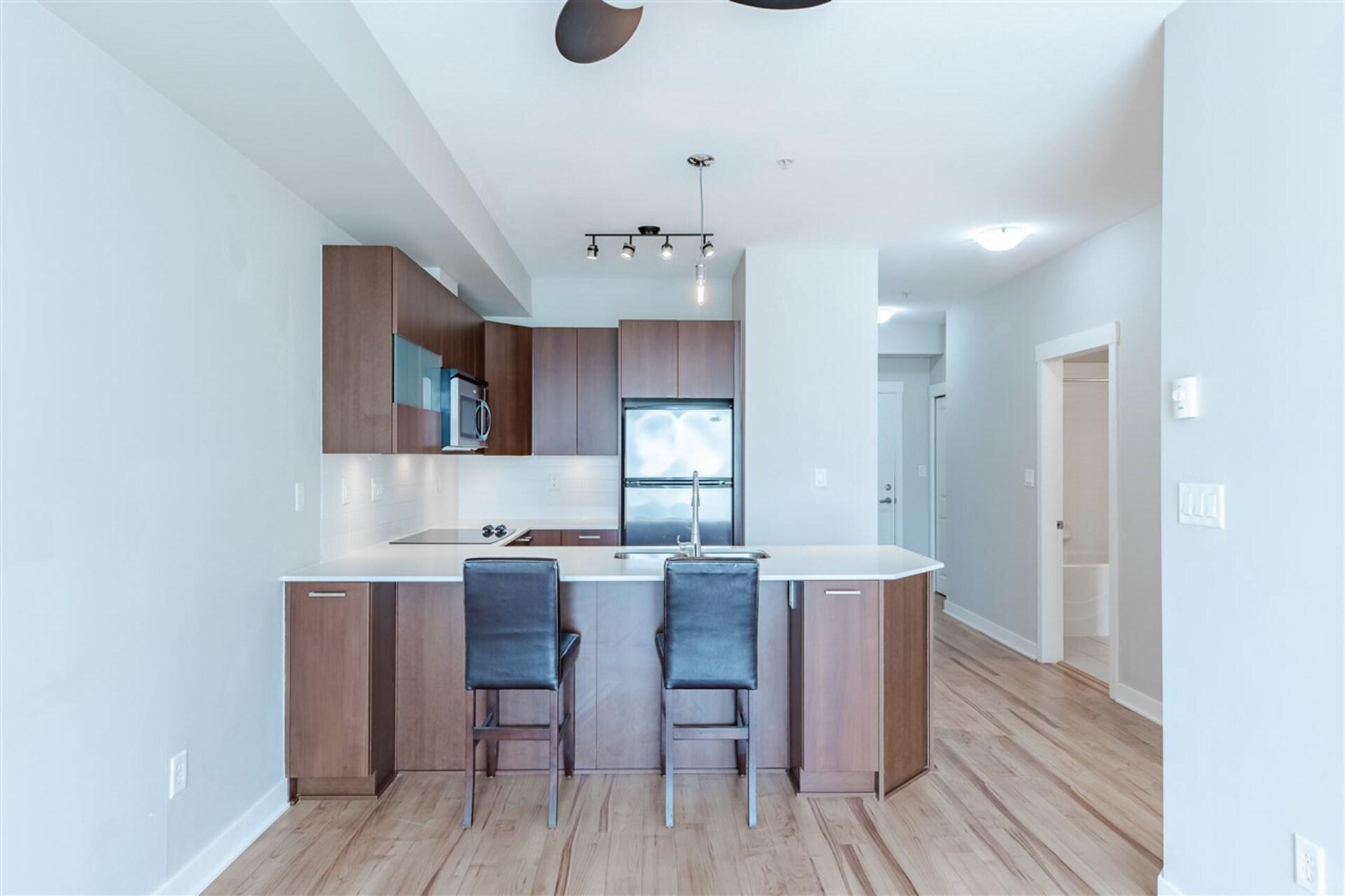 13321-102a-avenue-whalley-north-surrey-07 at 301 - 13321 102a Avenue, Whalley, North Surrey