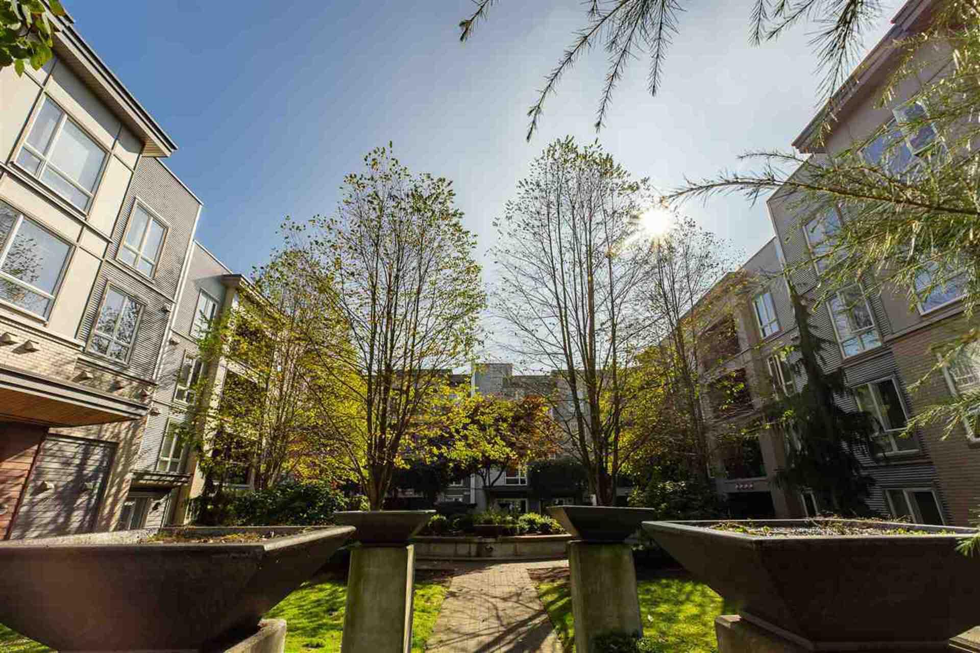 13321-102a-avenue-whalley-north-surrey-13 at 301 - 13321 102a Avenue, Whalley, North Surrey