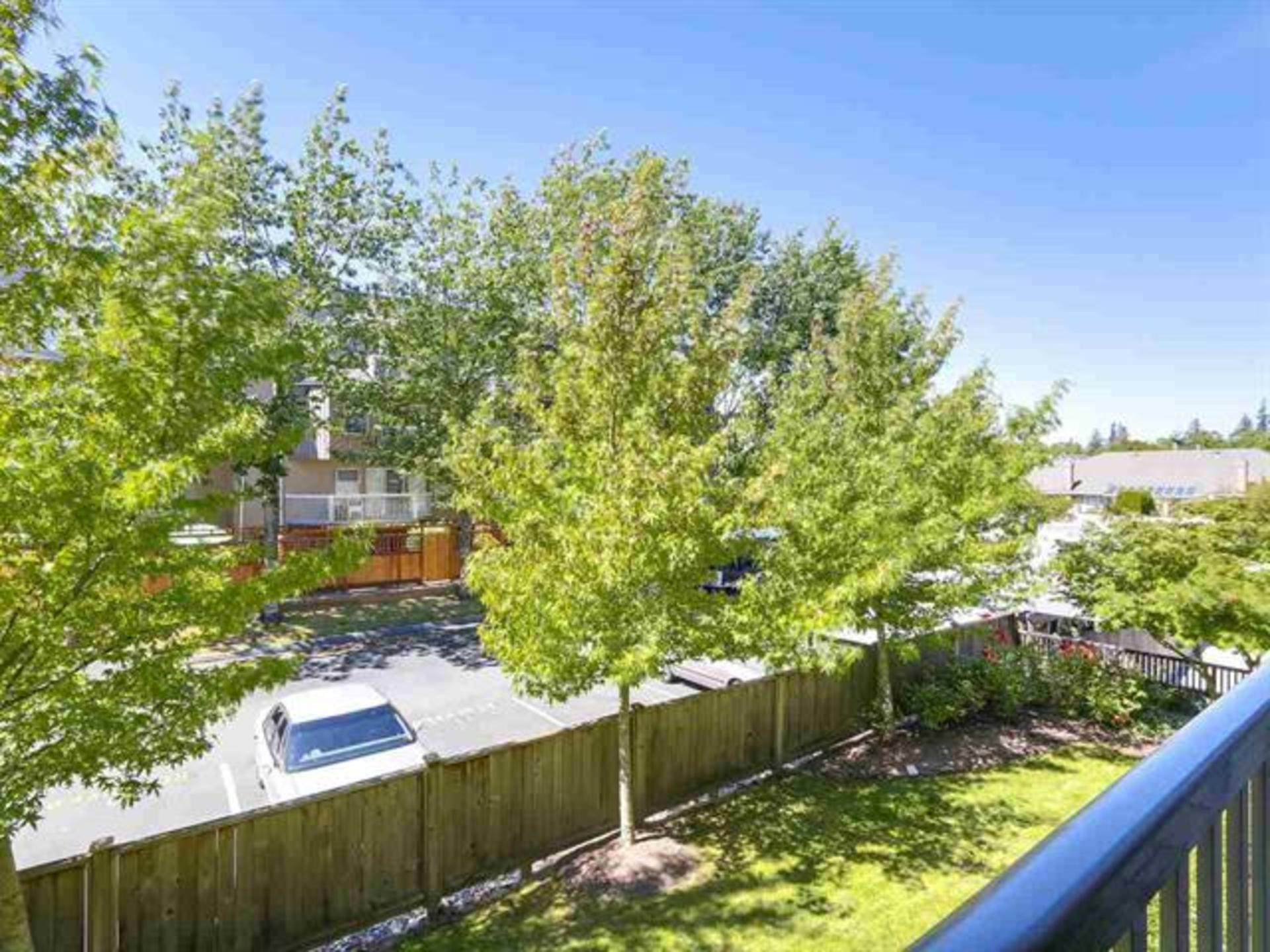 205 - 15168 19 Avenue, Sunnyside Park Surrey, South Surrey White Rock