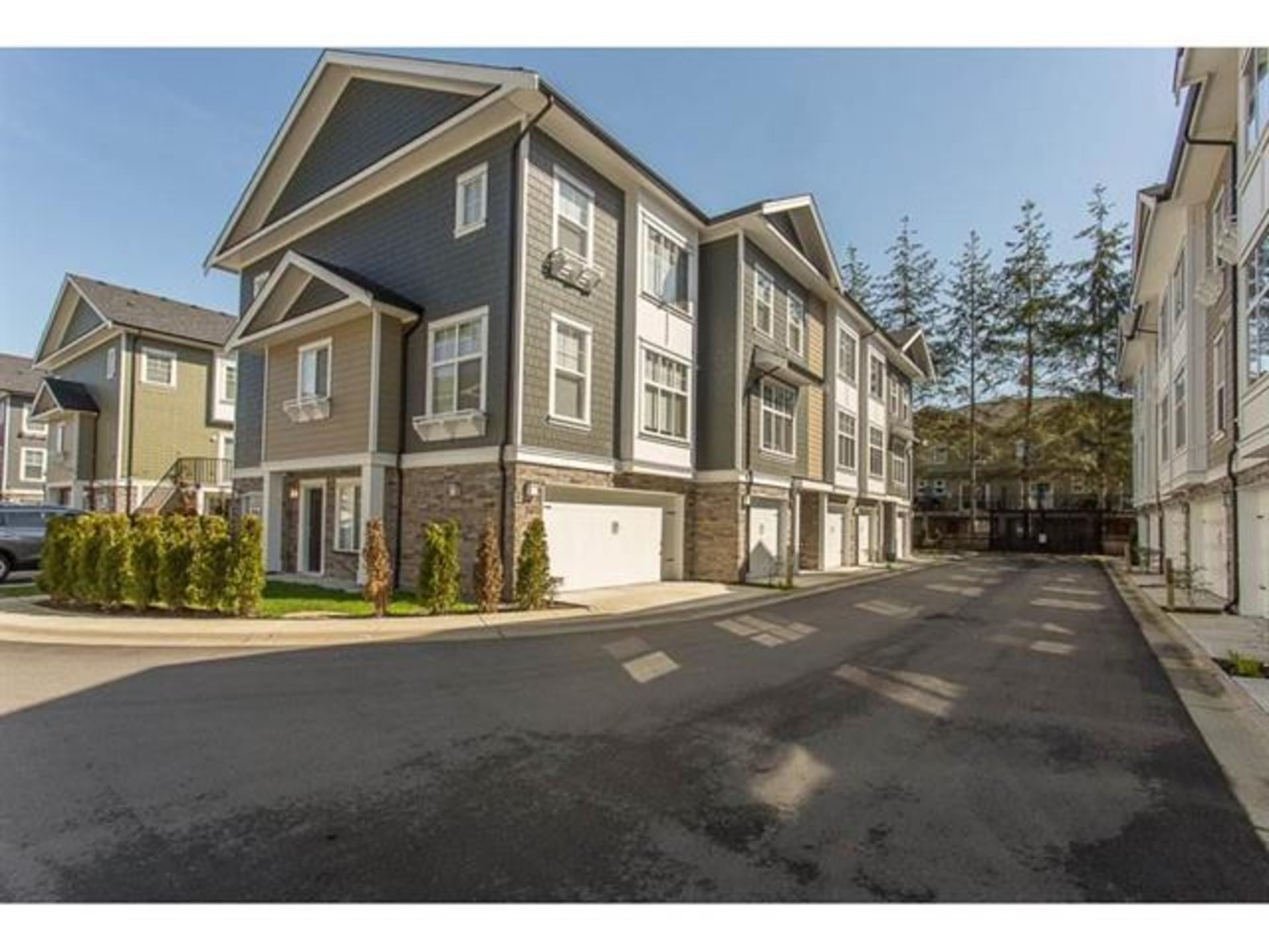 54 - 7686 209 Street, Willoughby Heights, Langley
