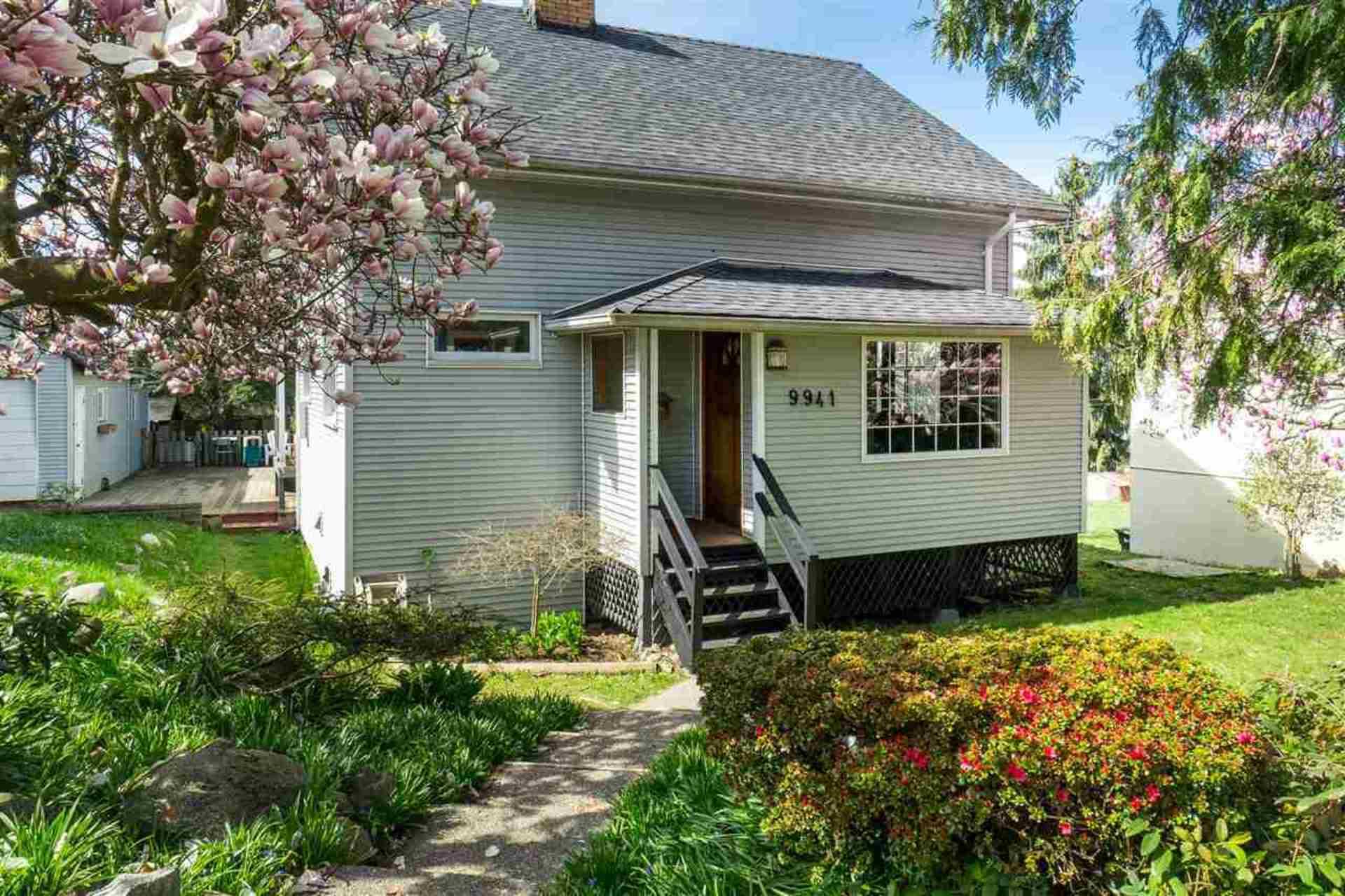 Exterior - Front at 9941 121a Street, Cedar Hills, North Surrey