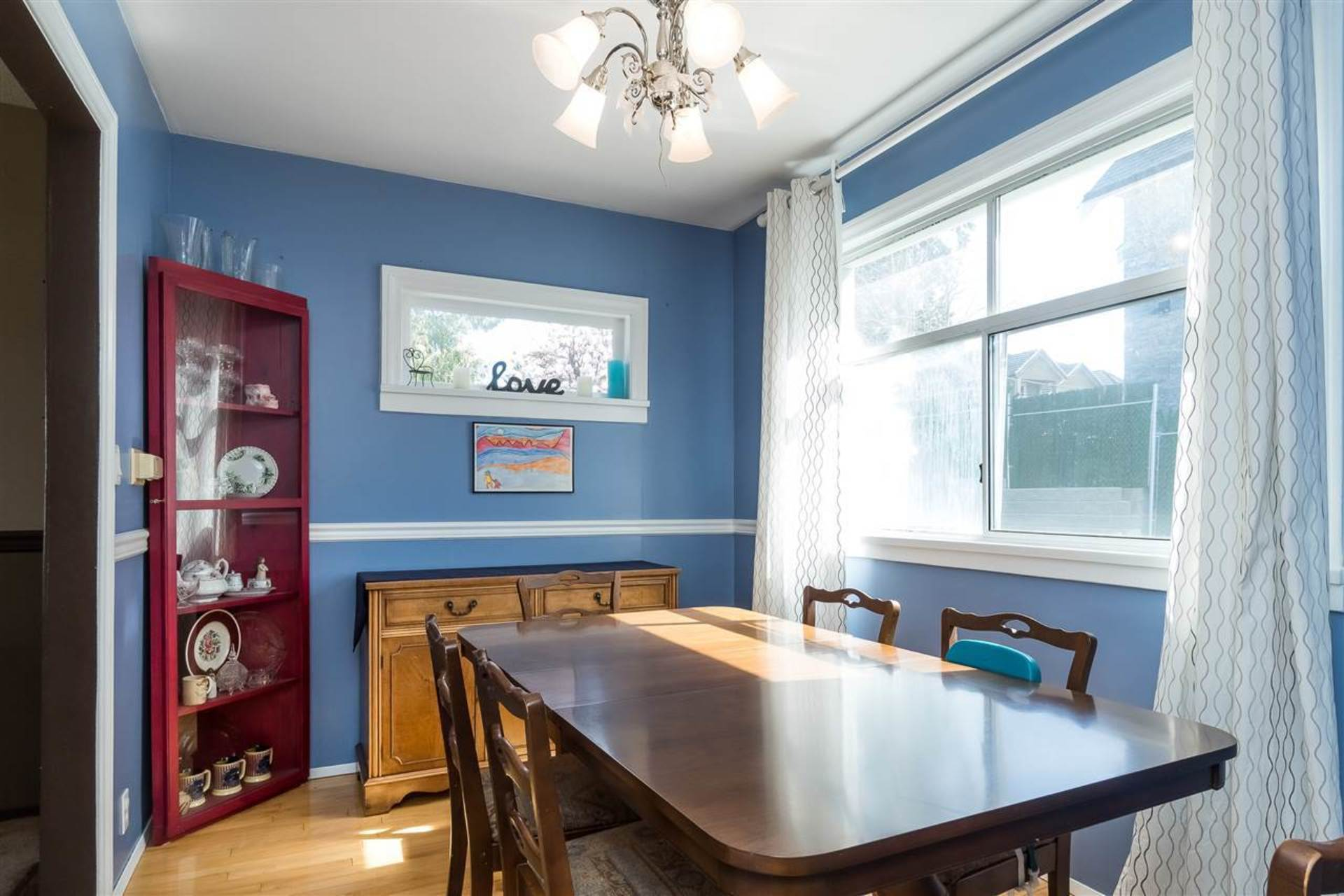 Dining Room at 9941 121a Street, Cedar Hills, North Surrey