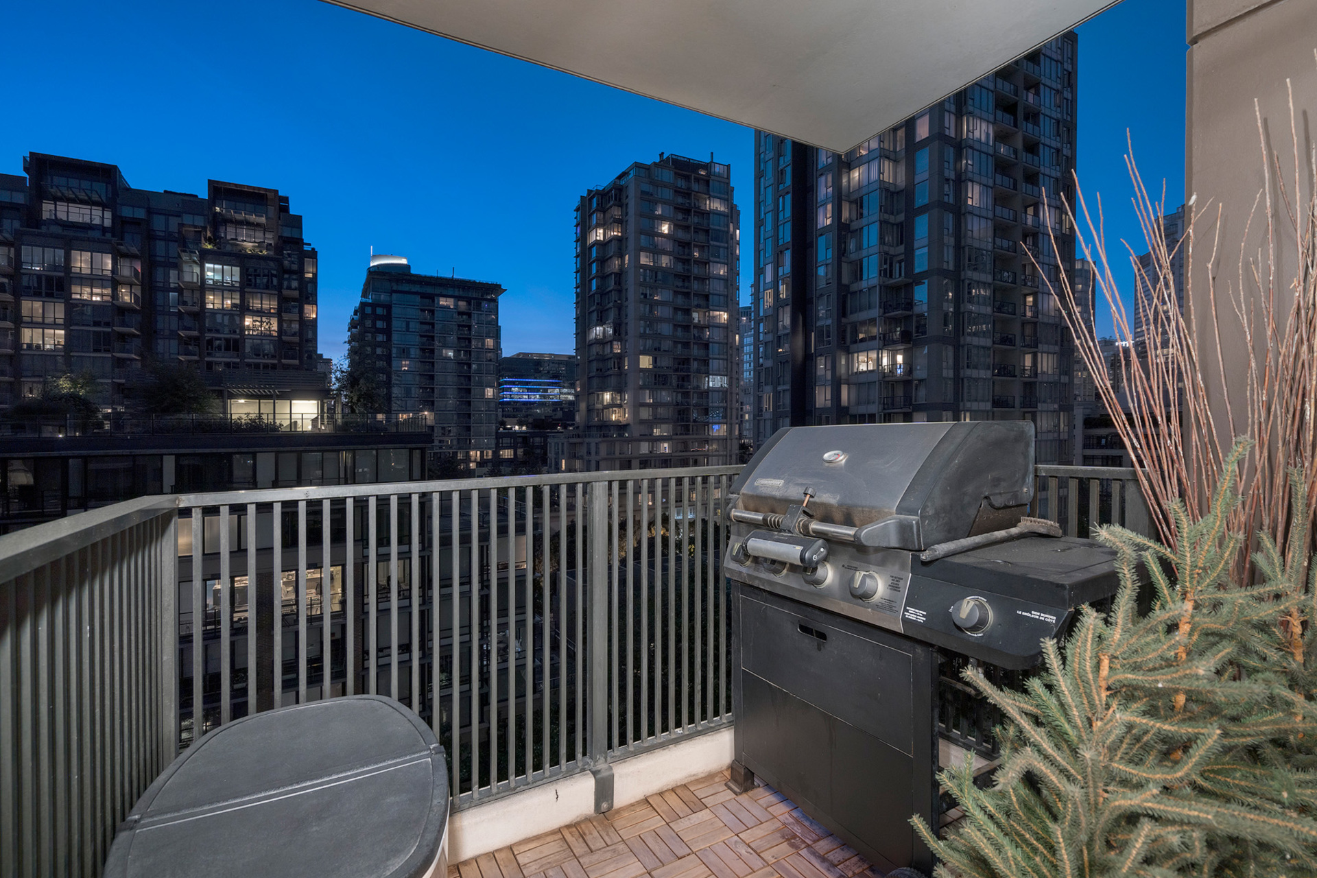 Balcony at 1005 - 1055 Homer Street, Yaletown, Vancouver West