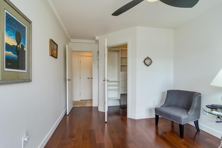 Bedroom at 151 - 2950 King George Boulevard, King George Corridor, South Surrey White Rock