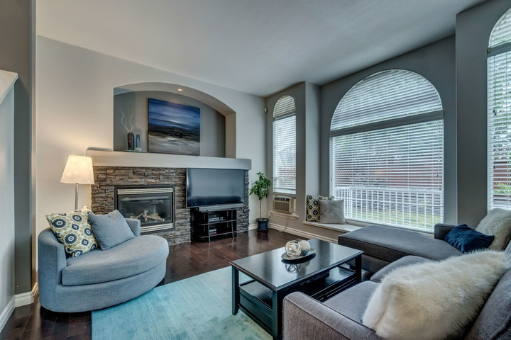 Family Room at 3452 152b Street, Morgan Creek, South Surrey White Rock