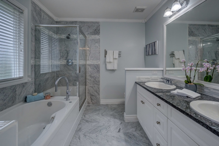 Maste Ensuite at 3452 152b Street, Morgan Creek, South Surrey White Rock