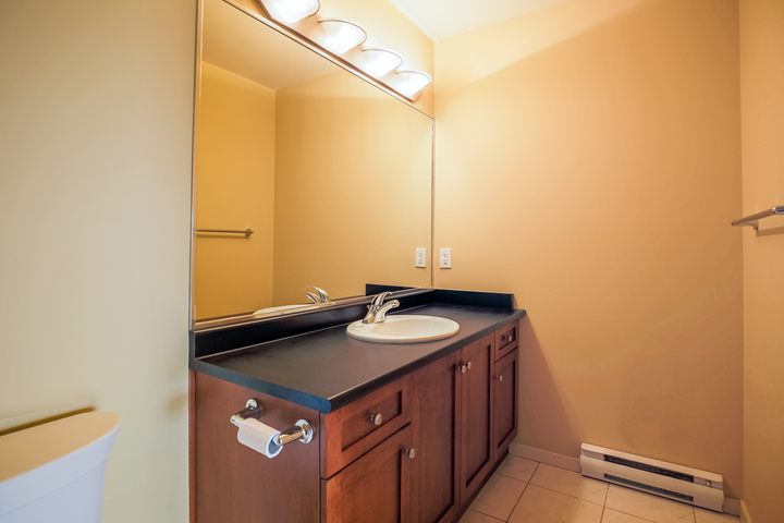 Master Bedroom Ensuite at 610 - 415 E Columbia Street, Sapperton, New Westminster