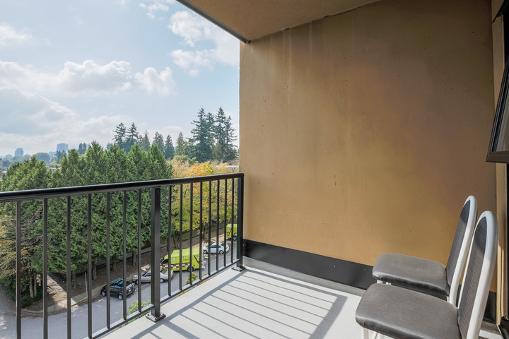 Balcony at 610 - 415 E Columbia Street, Sapperton, New Westminster