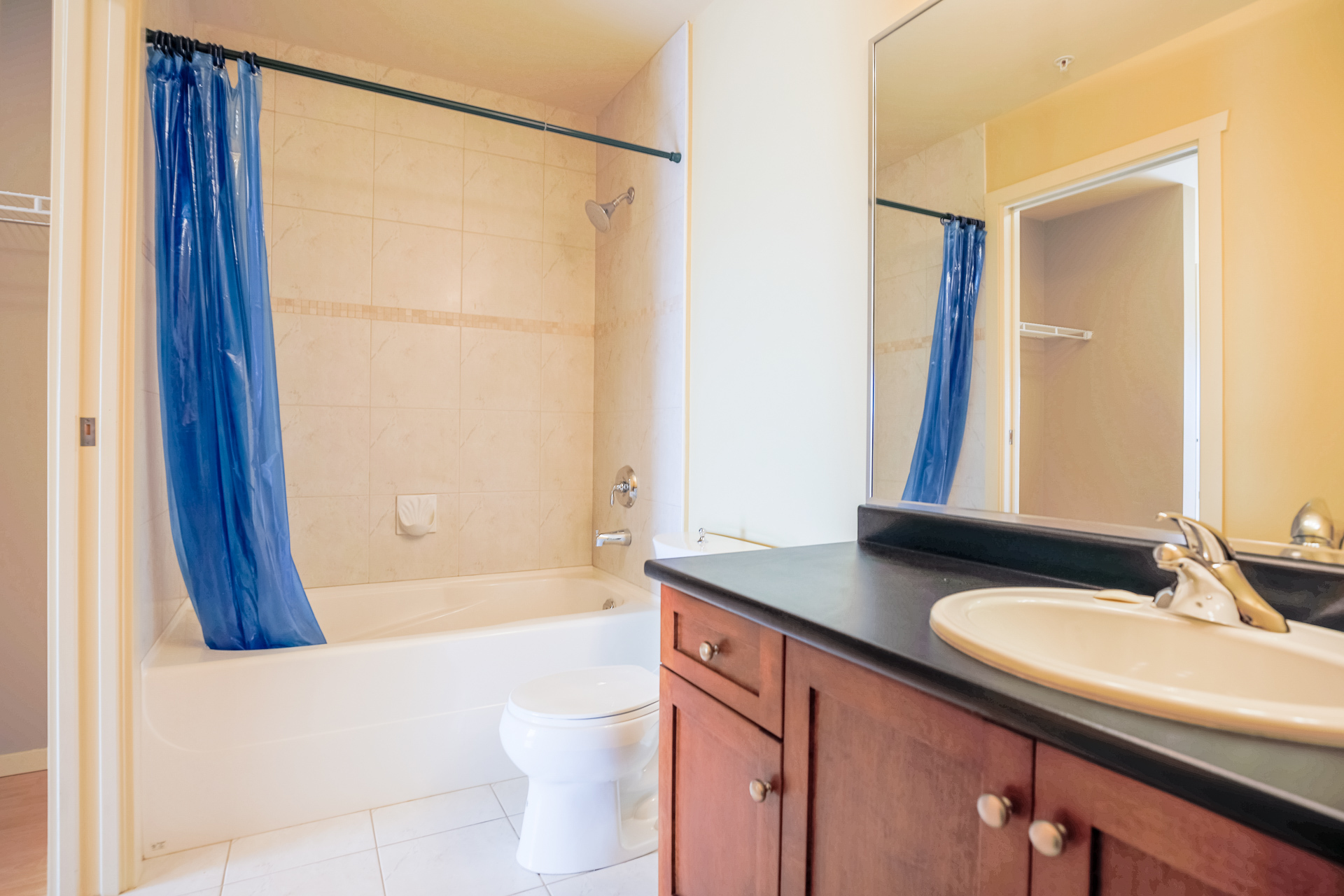 Bathroom at 610 - 415 E Columbia Street, Sapperton, New Westminster