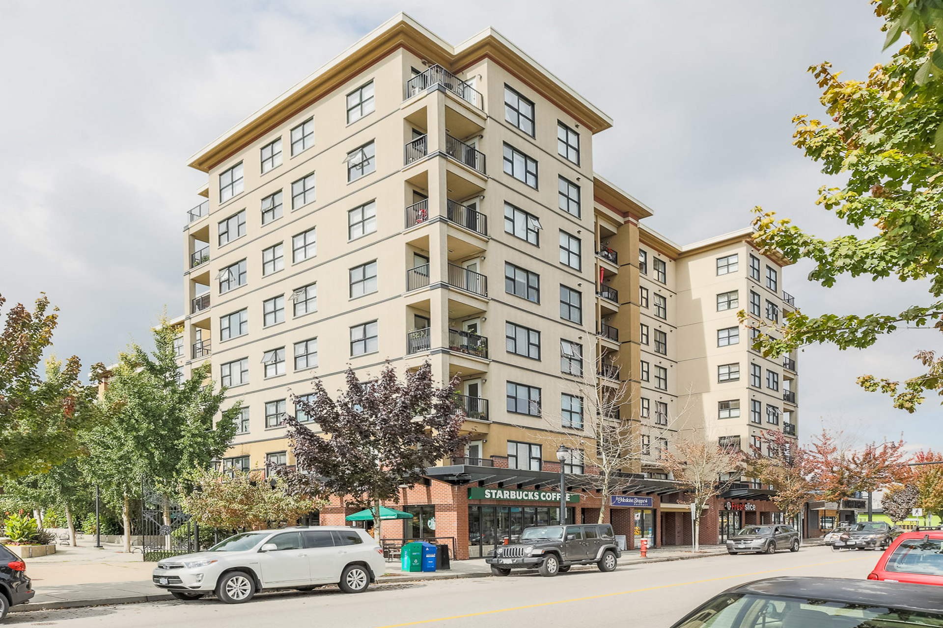 Building at 610 - 415 E Columbia Street, Sapperton, New Westminster