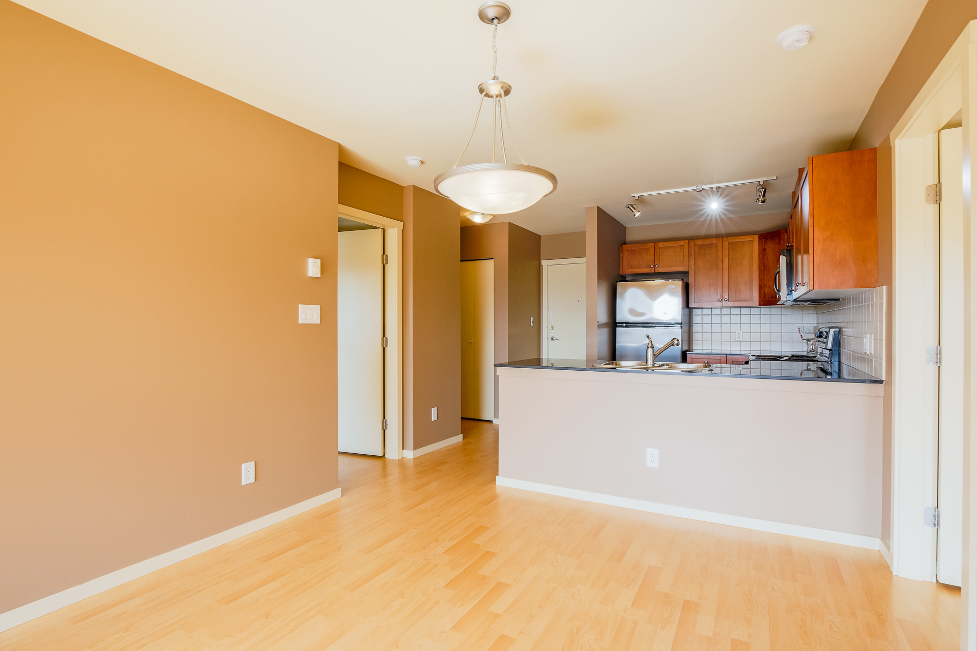 Kitchen & Dining Room at 610 - 415 E Columbia Street, Sapperton, New Westminster