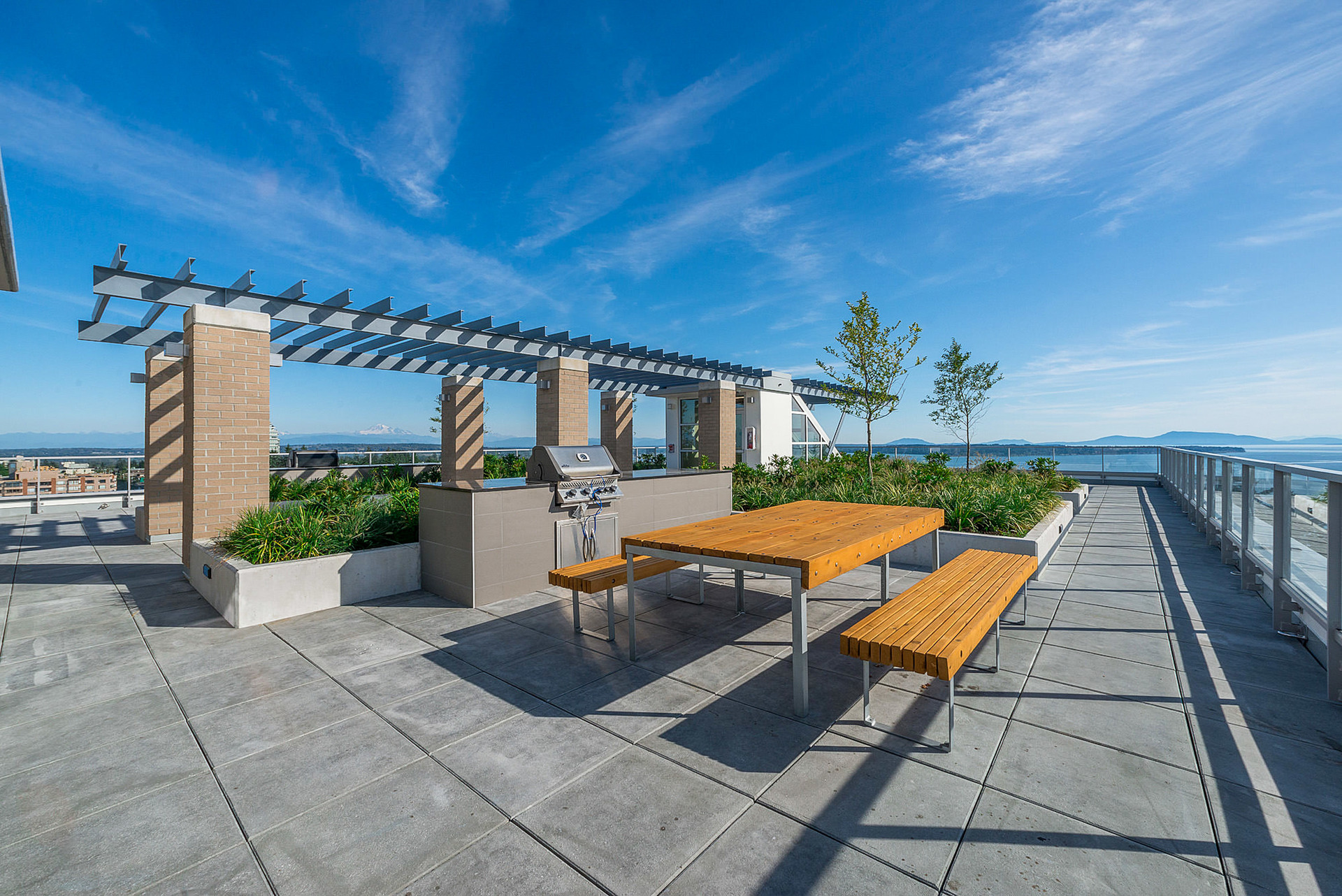 Roof Top Garden at 908 - 1501 Vidal Street, White Rock, South Surrey White Rock