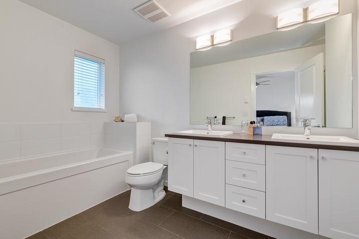 Master En-Suite  at 22 - 127 172 Street, Pacific Douglas, South Surrey White Rock