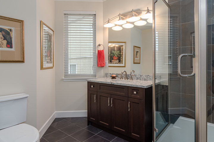 Main Floor Bathroom  at 15090 Beachview Avenue, White Rock, South Surrey White Rock