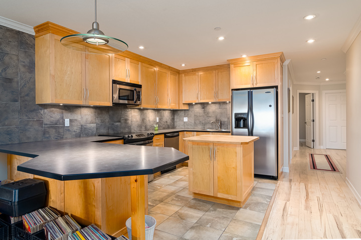 Suite Kitchen  at 15090 Beachview Avenue, White Rock, South Surrey White Rock