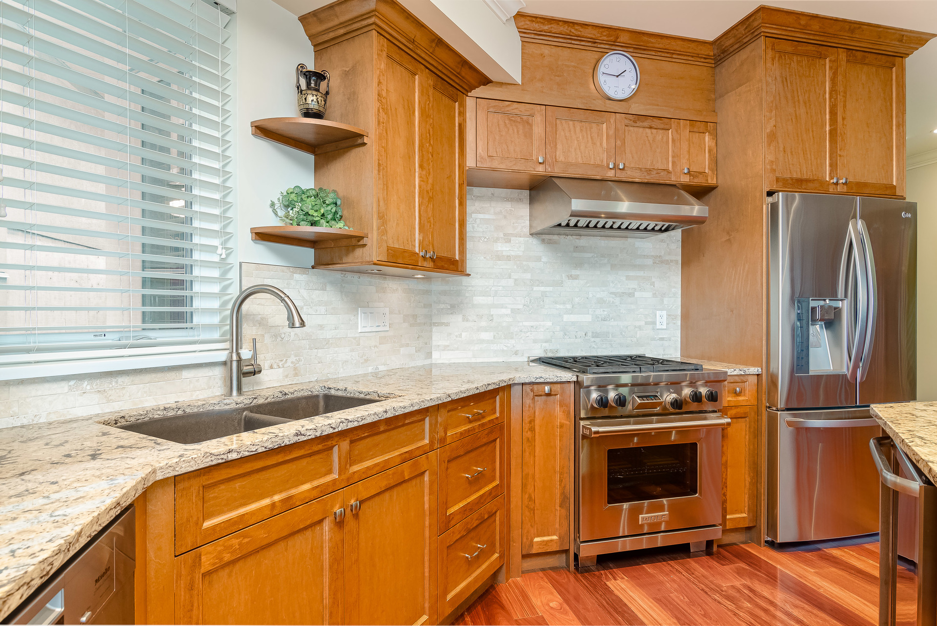 Kitchen  at 15090 Beachview Avenue, White Rock, South Surrey White Rock