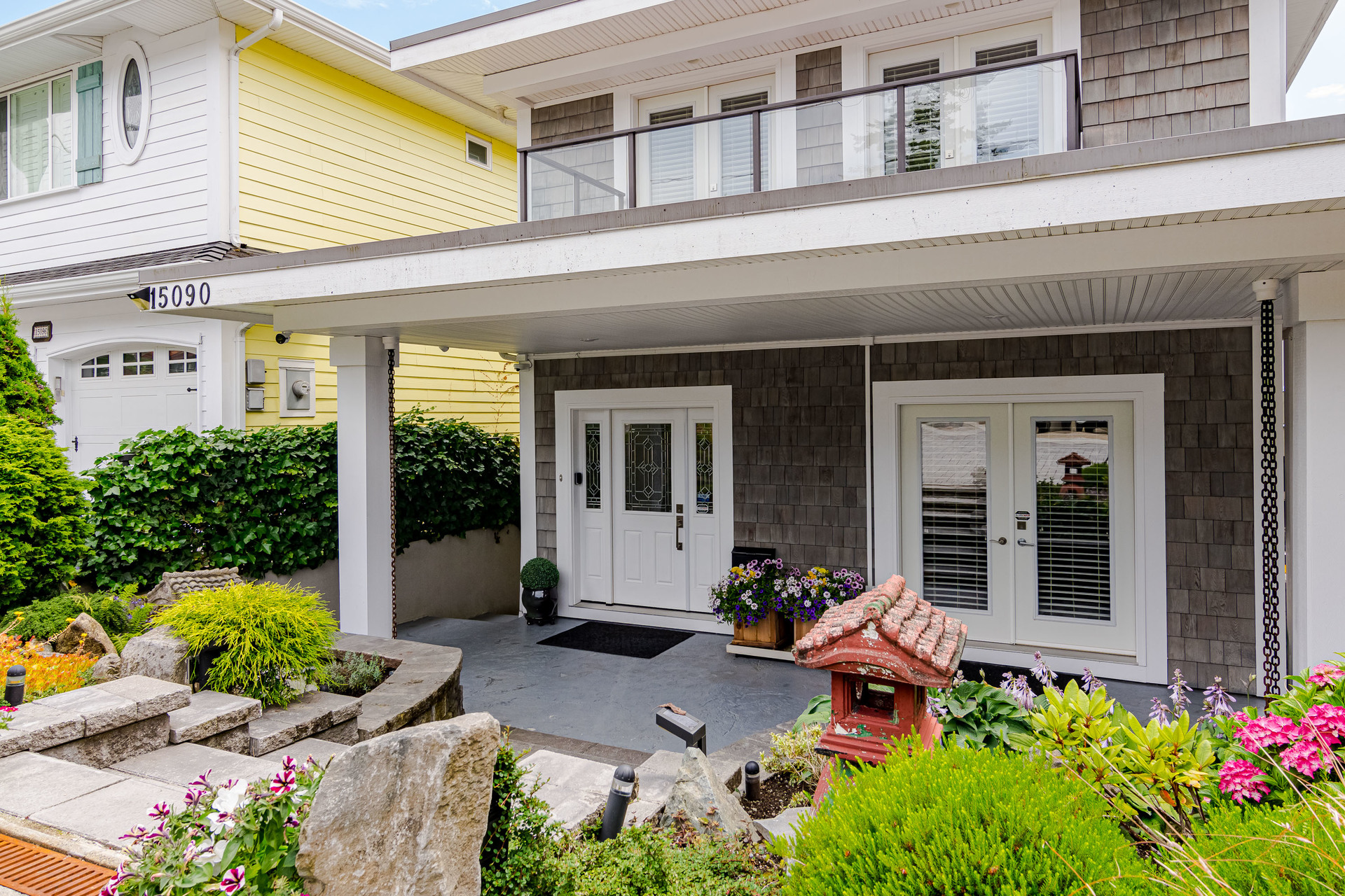 Front Exterior  at 15090 Beachview Avenue, White Rock, South Surrey White Rock