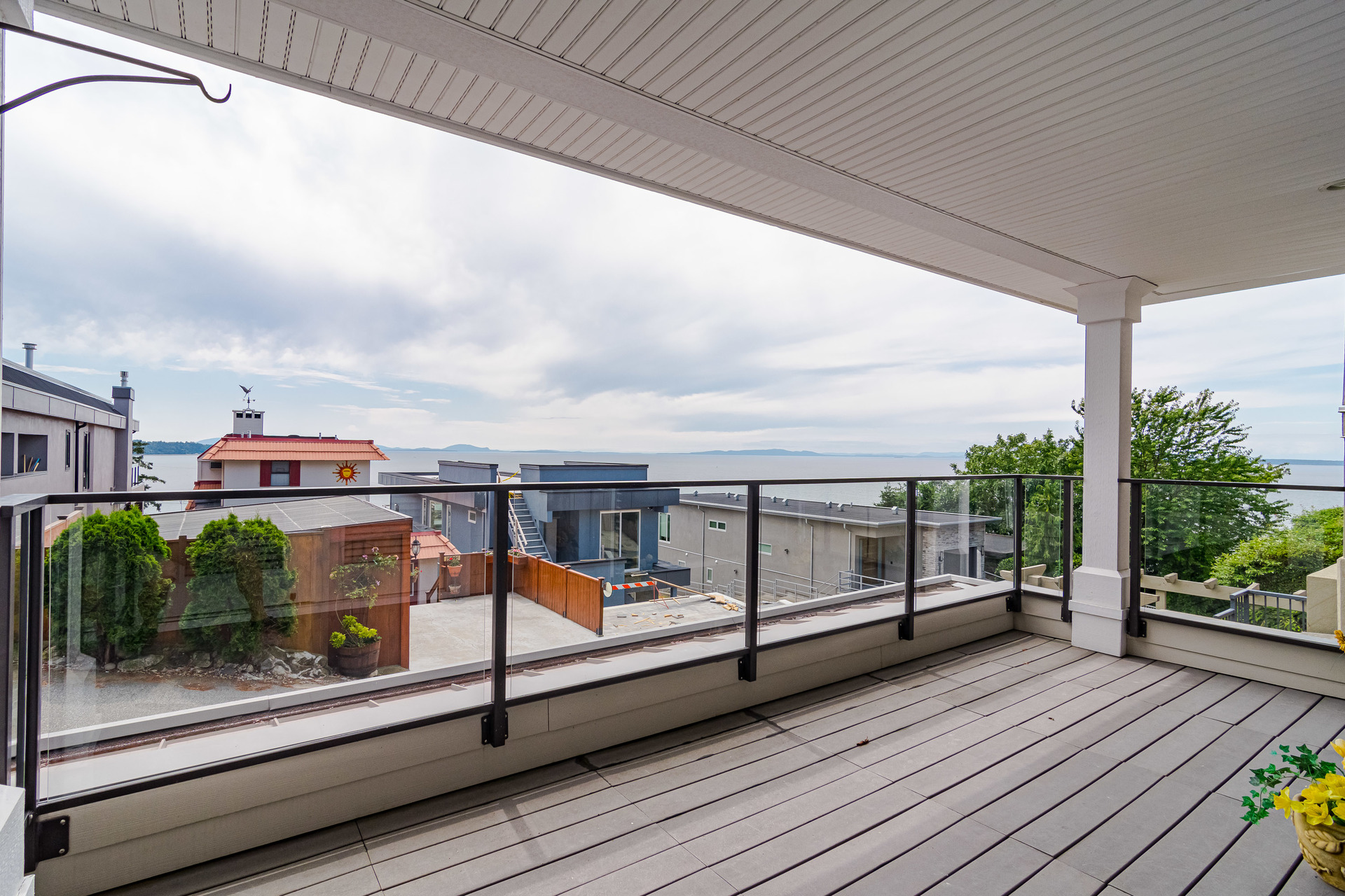 Suite Balcony  at 15090 Beachview Avenue, White Rock, South Surrey White Rock