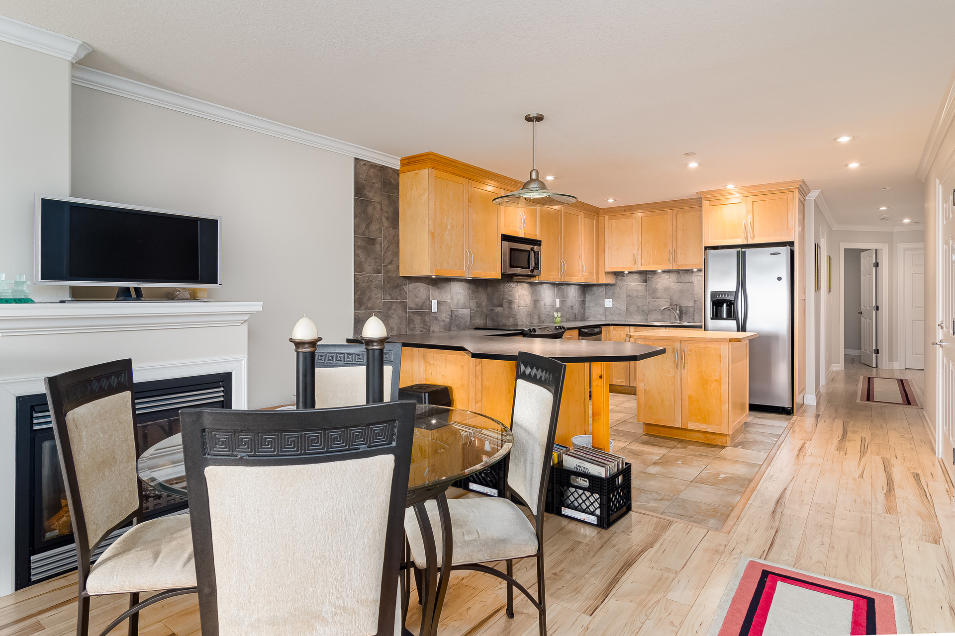 Suite Dining Area  at 15090 Beachview Avenue, White Rock, South Surrey White Rock