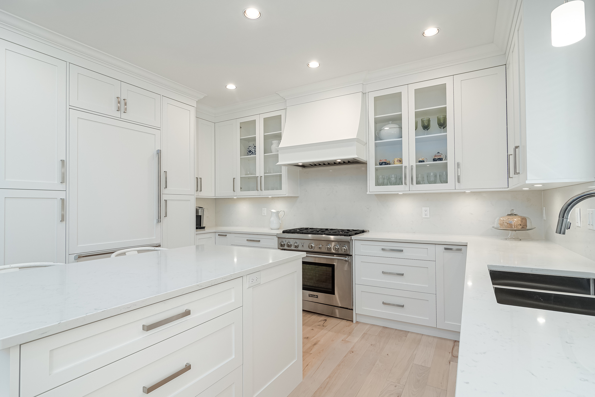 Kitchen with Top of the Line Appliances  at 13168 14a Avenue, Crescent Bch Ocean Pk., South Surrey White Rock