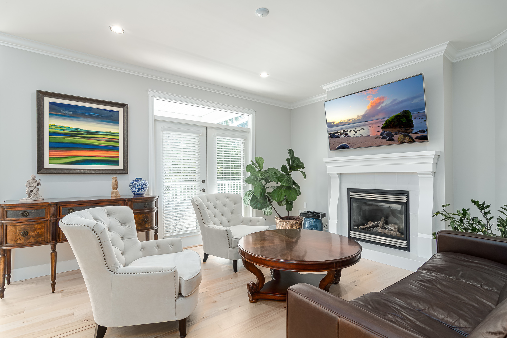 Family Room  at 13168 14a Avenue, Crescent Bch Ocean Pk., South Surrey White Rock