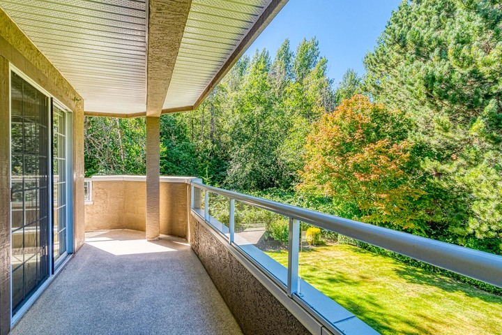 Covered Balcony & Green Space  at 219 - 2239 152 Street, Sunnyside Park Surrey, South Surrey White Rock