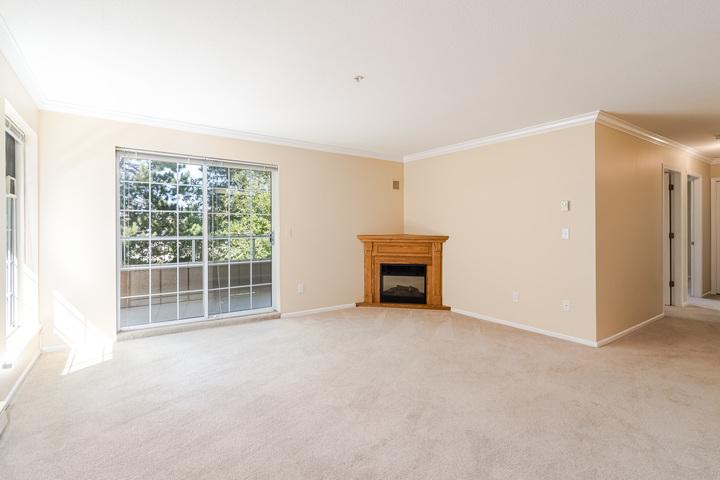 Living Room  at 219 - 2239 152 Street, Sunnyside Park Surrey, South Surrey White Rock