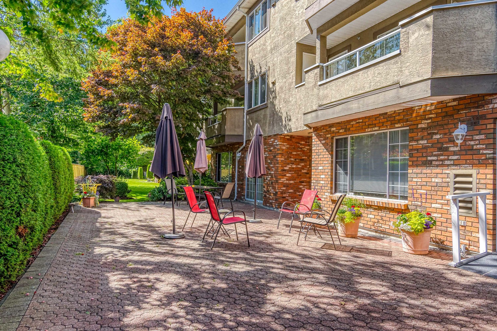 Outdoor Common Area  at 219 - 2239 152 Street, Sunnyside Park Surrey, South Surrey White Rock