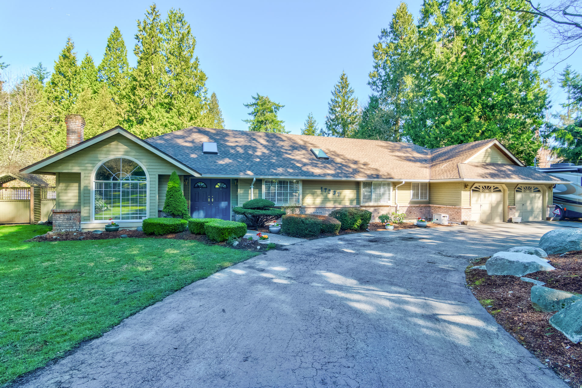 Front exterior & driveway at 17237 26 Avenue, Grandview Surrey, South Surrey White Rock