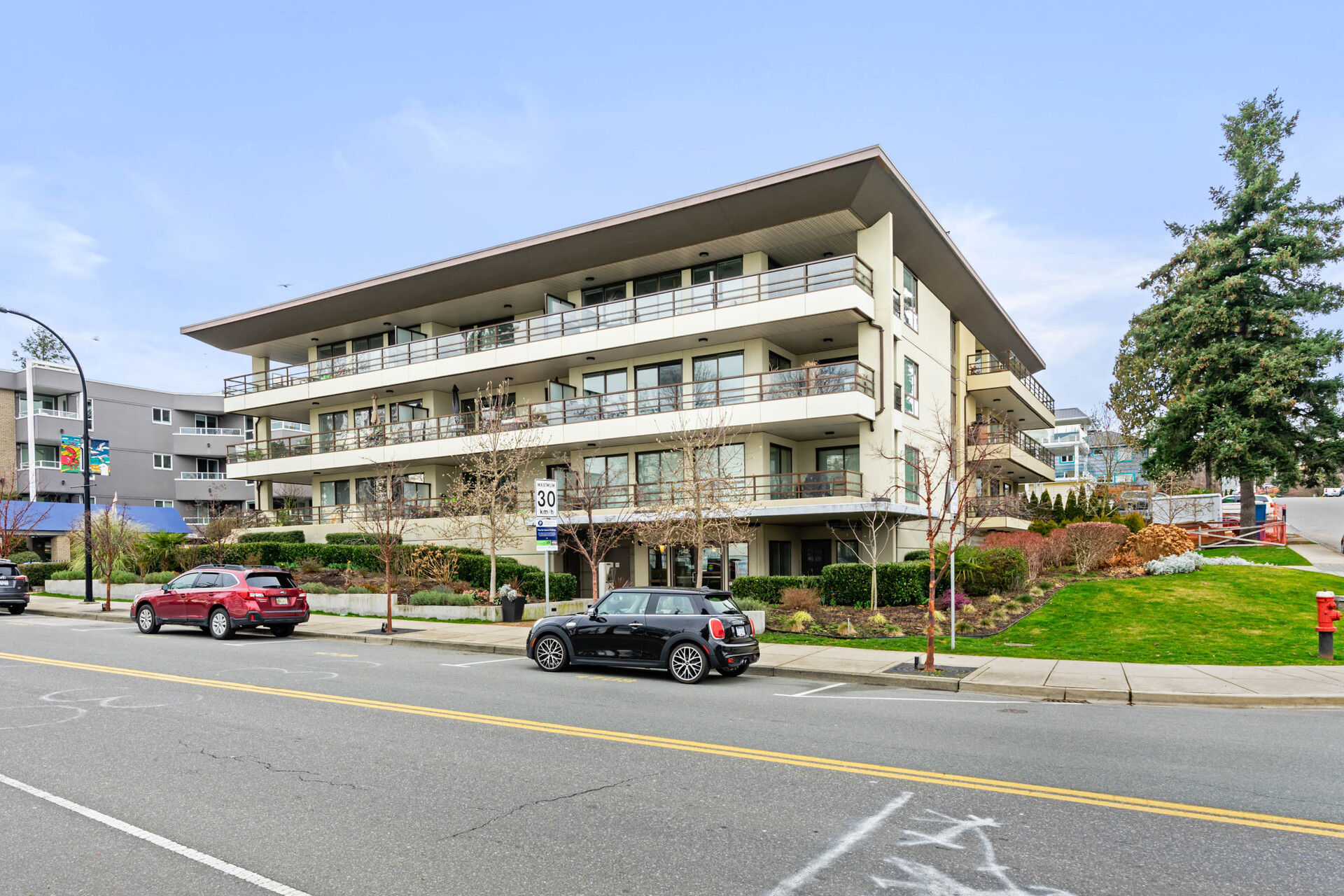 204 - 15747 Marine Drive, White Rock, South Surrey White Rock